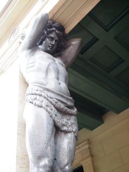 Titan, Hermitage
